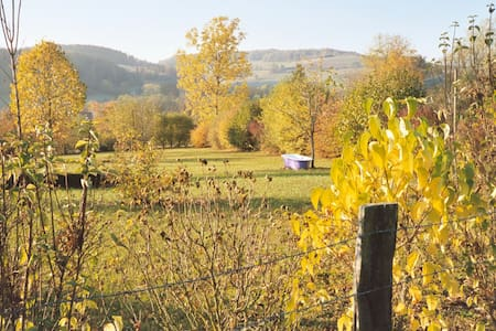 Yoga, Food & Wine - Burgundy. bed 7 - Chailly-sur-Armançon - Hus
