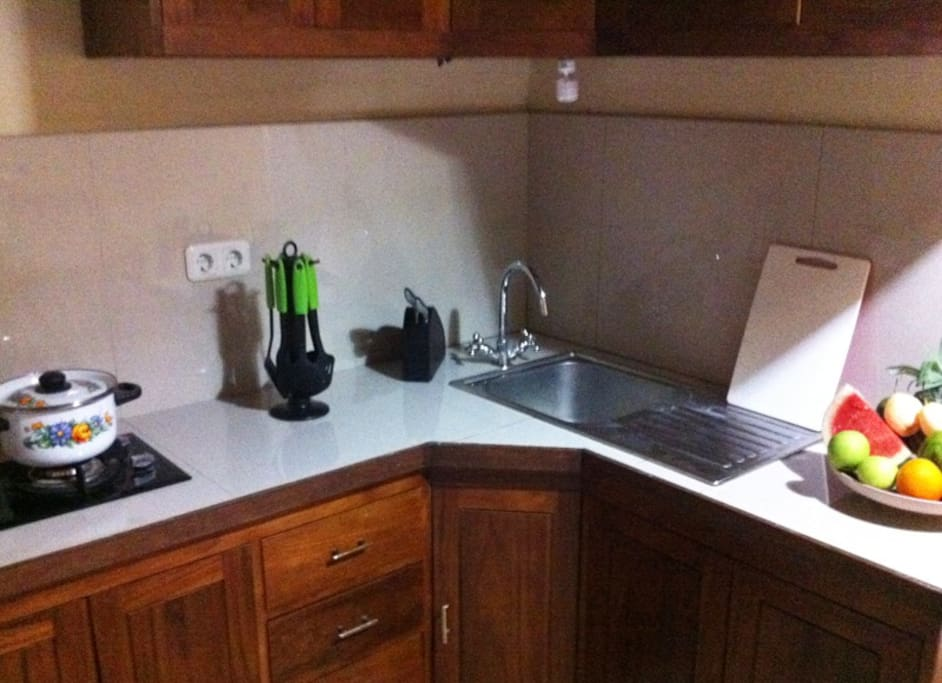 Kitchenette with Cooking Facilties