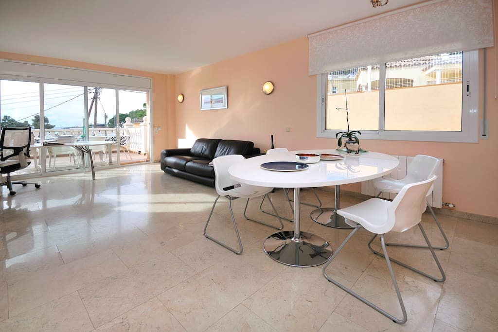 Fully equipped. Luxury large living room area with sea views