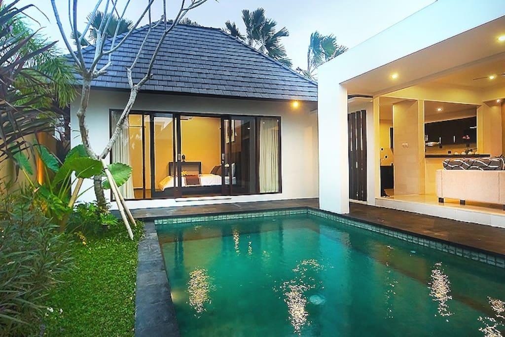 exterior pool villas