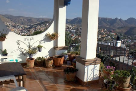 Spectacular Views, Beautiful home - Guanajuato