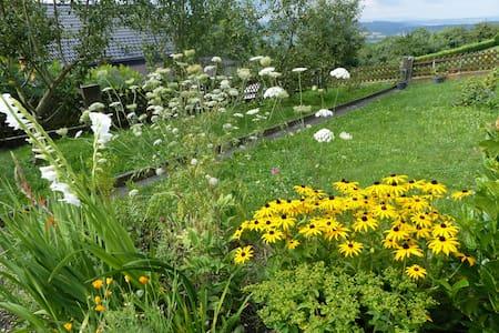 Ruhiges, naturnahes, sonniges & biologisches Heim - Salem