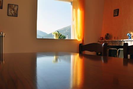 Apartment 68 m2 3min from the sea - Nea Makri - Apartment