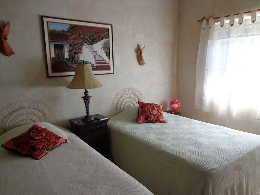 Colonial Bed & Breakfast
