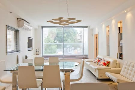 Amazing 3 bedrooms apt on the sea - Mapu st - Tel Aviv-Yafo - Wohnung