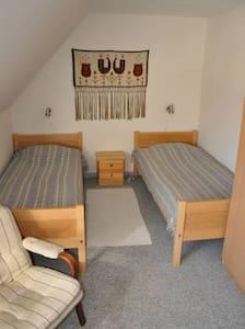 Mellergaarden BNB room 5 - Bed & Breakfast