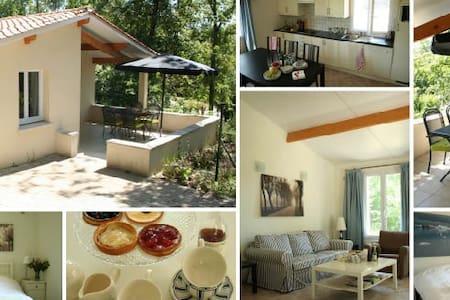 Charming cottage Charente, France - Zomerhuis/Cottage