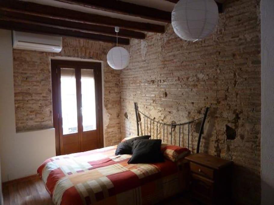Double room / Chambre double / Dormitorio doble / Dormitori doble.
