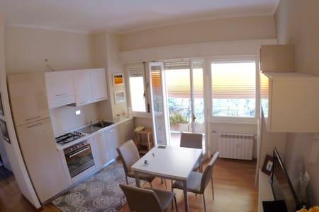 Stunning New Flat Light - Rome - Apartment