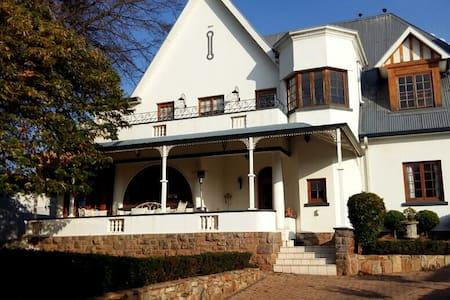 Exquisite 1904 Heritage Home Ideally Located - Johannesburg