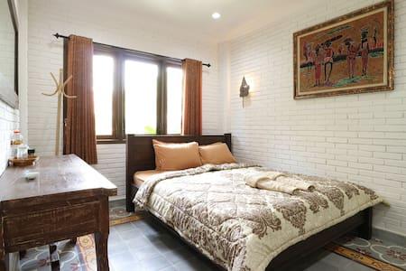 Satu Kayen Guest House - Kecamatan Depok - Guesthouse