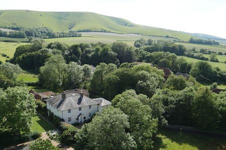 Tilton House, Firle, East Sussex - Bed & Breakfast