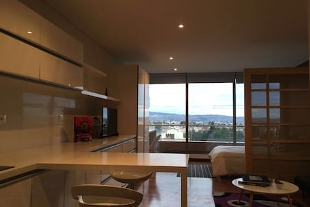 BOG Luxury Studio: Perfectly Located, New Building - Bogotá - Loft