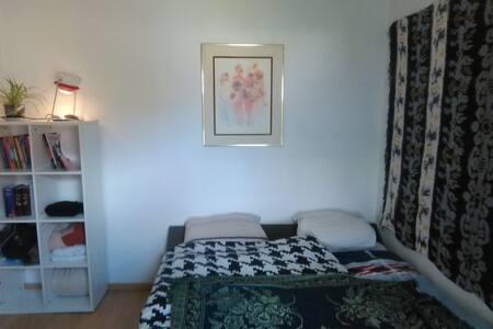 Knus appartement op het bruisende Eilandje - Lakás
