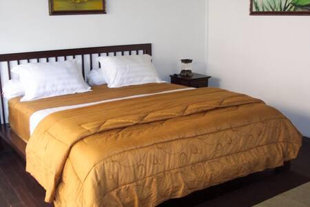 BALI Private Room in Villa Bangau