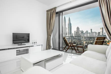 SETIA Sky *KLCC* - Premier Two Bedroom Suite #2 - Lakás