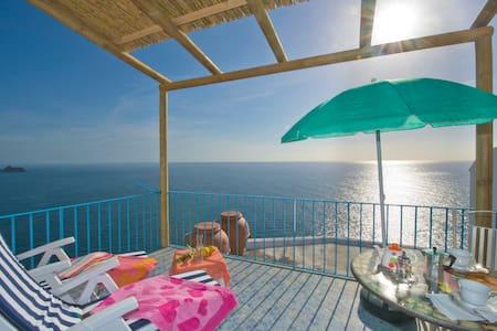 CASA AZZURRA 2.0 - PRAIANO (Amalfi) - House