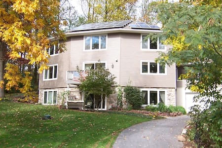 Tree Top Bed & Breakfast - Ephrata - Bed & Breakfast