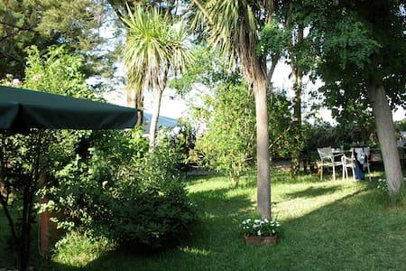 Villa in Campagna vicino Palermo - Huvila