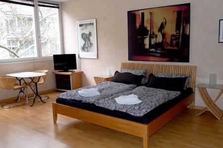 Berlin Appartement City-West - Berlin - Flat