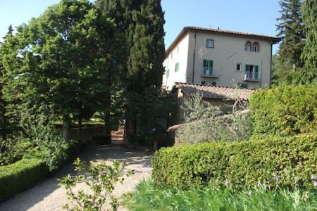 Villa Ridaldi Flavi, Sole apt. - Case Poggio