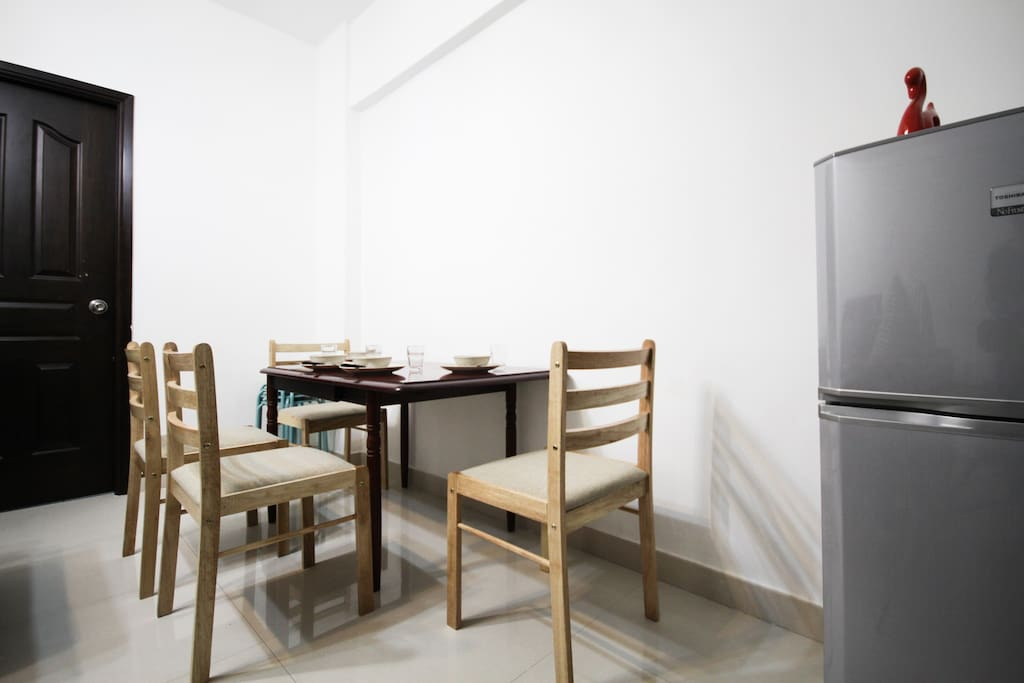 dinning table with basic dining utensil