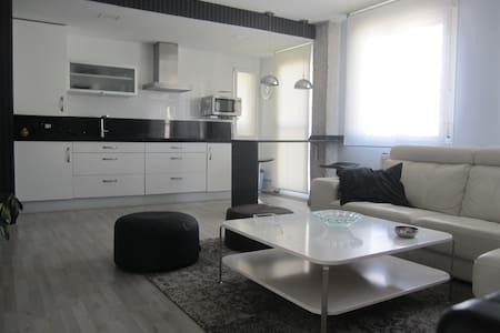 amplio apartamento para dos personas - Flat