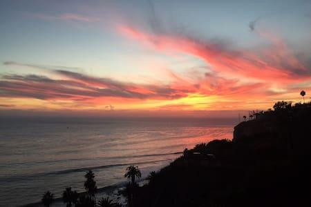 OCEAN SKY ELA 2RM 2BTH GUEST HOUSE - San Pedro - アパート