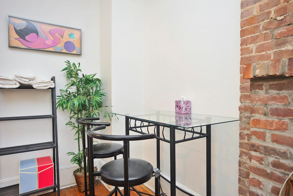 Sunny 1 BR, West 80s & Central Park