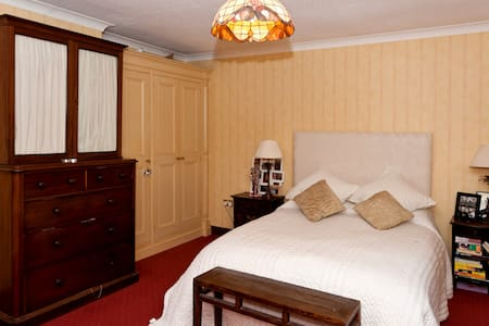 Luxury Double Bedroom with Ensuite