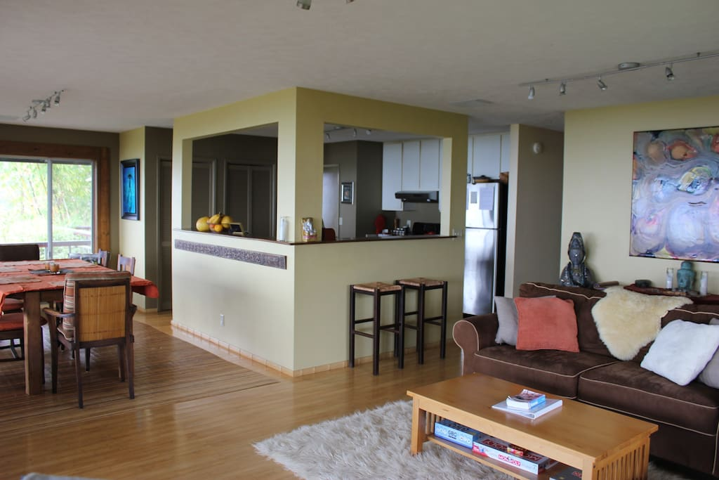 Living/Kitchen/Dining