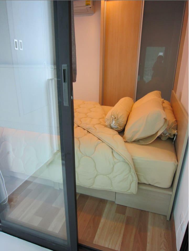 Studio room in Bangkok for rent