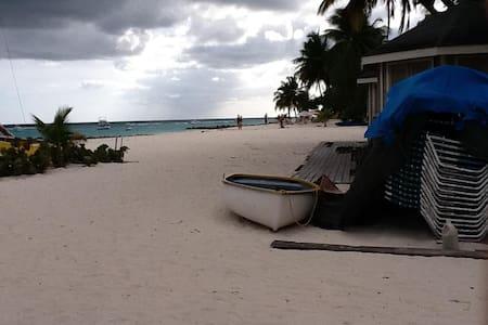 Barbados Prime Modern Paradise 2 - Oistins - Appartement