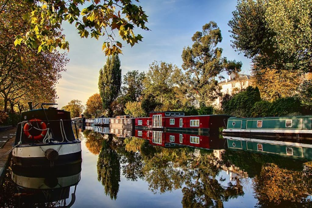 Our mooring: Unique & Quaint Little Venice in autumn, view from the opposite side of Boat-home Lila :-)