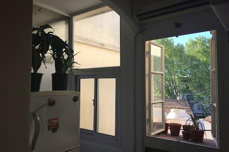 Lovely, luminous apartment  - Apartamento