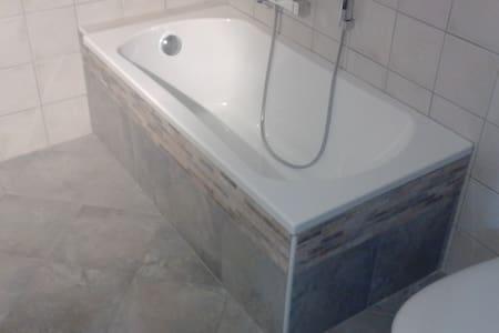 affittasi alloggio mansardato - Bruzolo - Hus