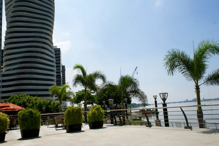 Downtown apartment with a great view. - Guayaquil