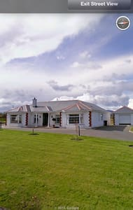 Spacious country living experience - Waterford  - House