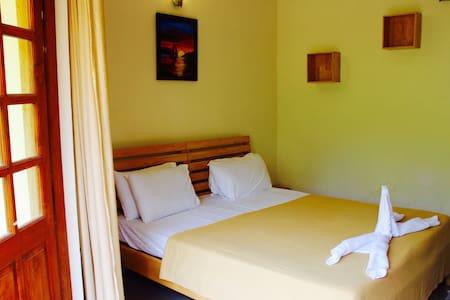 Cosy 1BHK apt at candolim flat 206 - Apartment