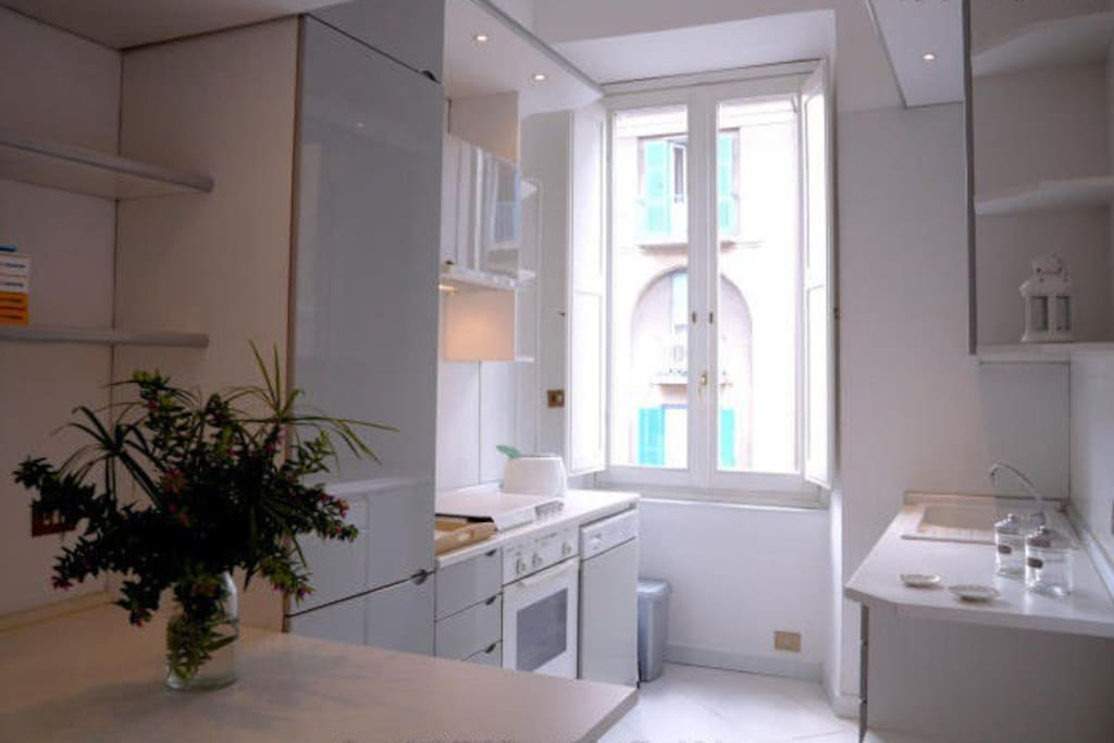 Central room with private bathroom