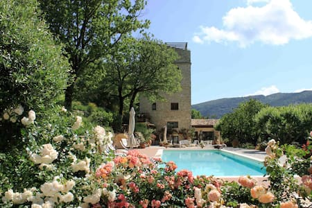 Wonderful medieval tower in Umbria - Spoleto - Villa