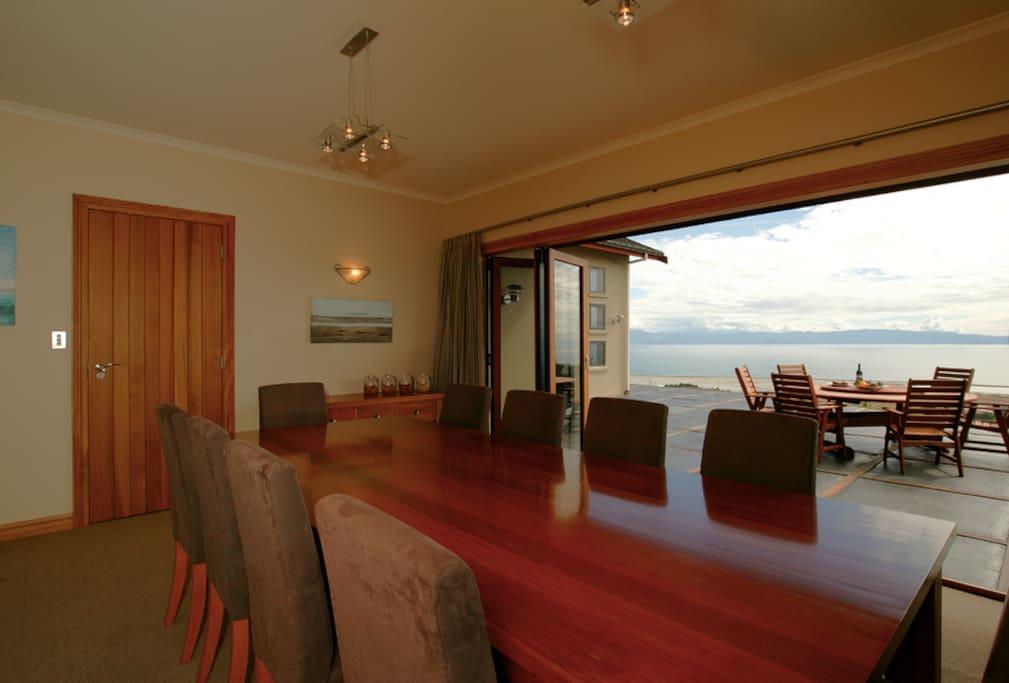 Parautane Lodge - Feijoa Suite