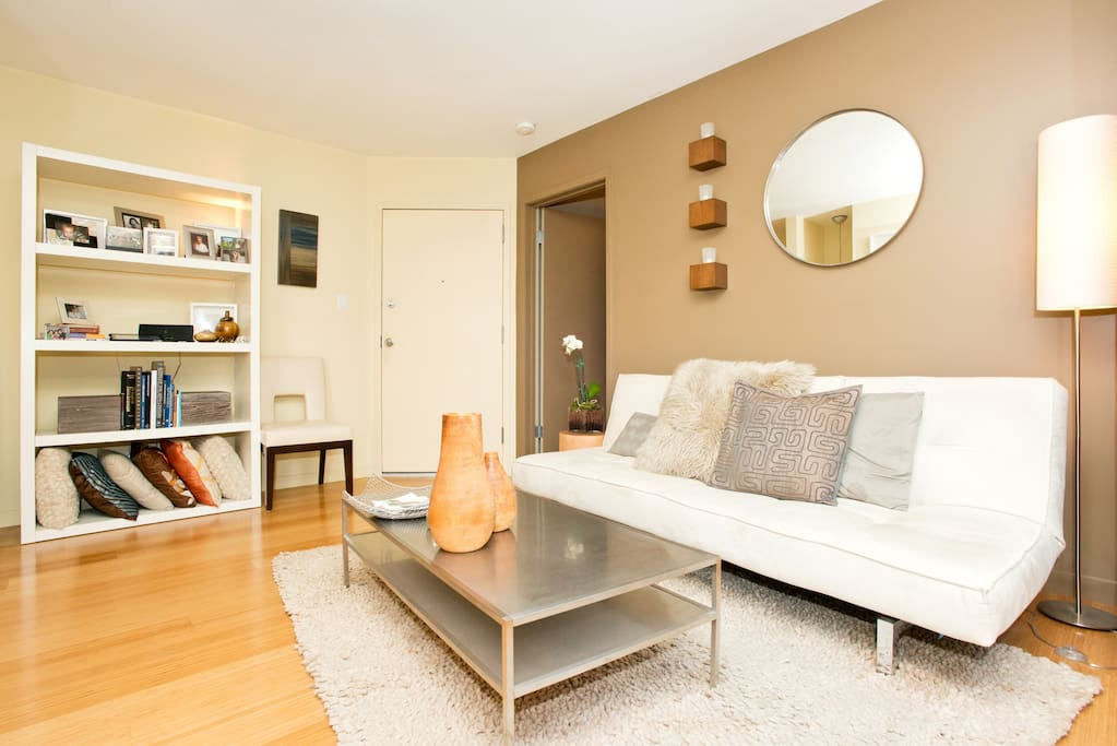 Modern Pied-a-Terre perfect for 2