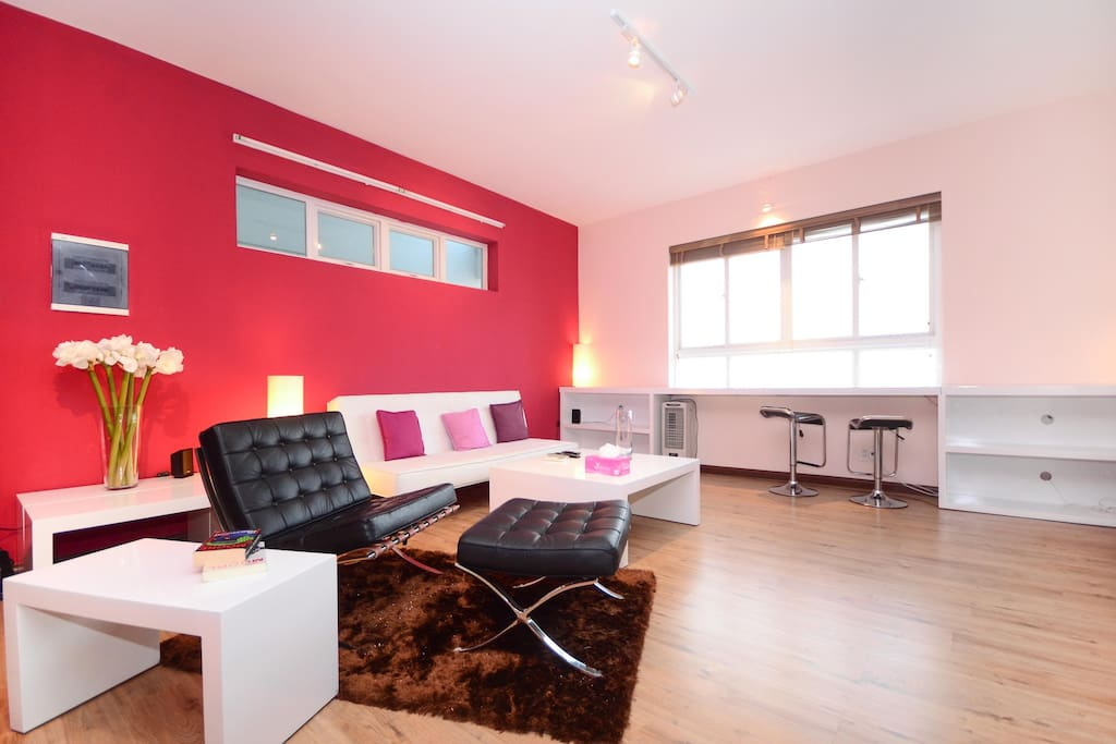 Spacious living- a single bed will be added in living area when accommodate more than 4 persons