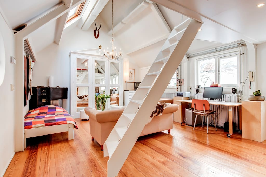 We are located within a 5 minute walk from The Hague Centraal Station.