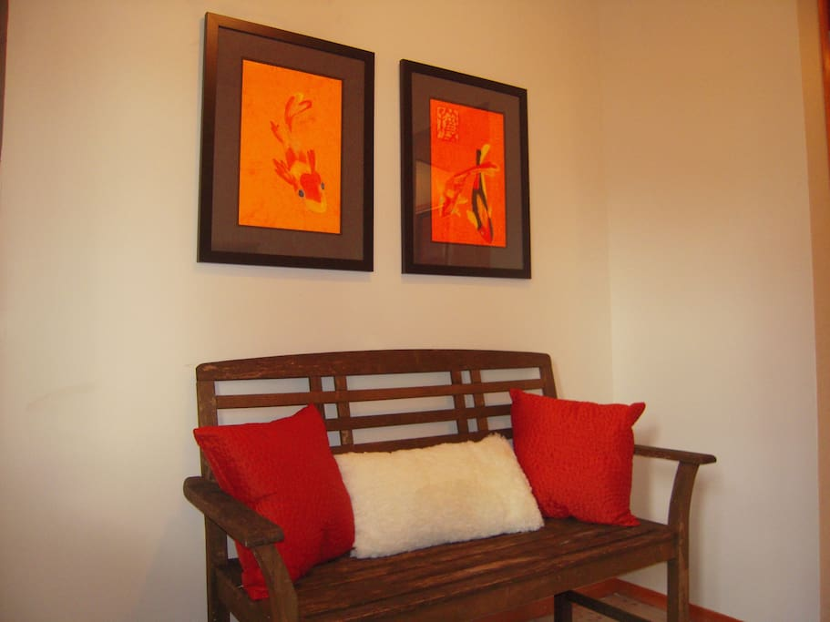 Entry - Art and Antiques
