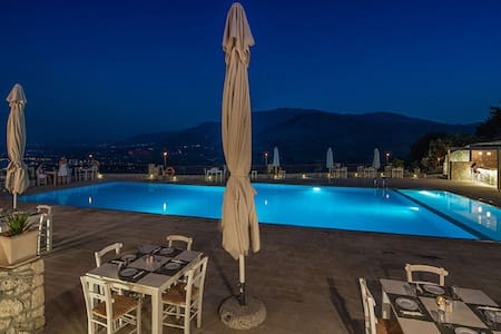 2 rooms with pool on Crete - Chania - Condominium