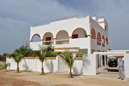 Large furnished villa overlooking the Atlantic - Popenguine