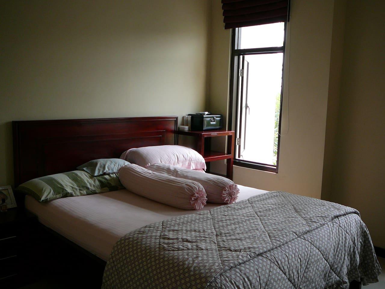 Room for rent in Surabaya