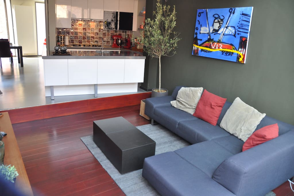Ground floor / living- and television room